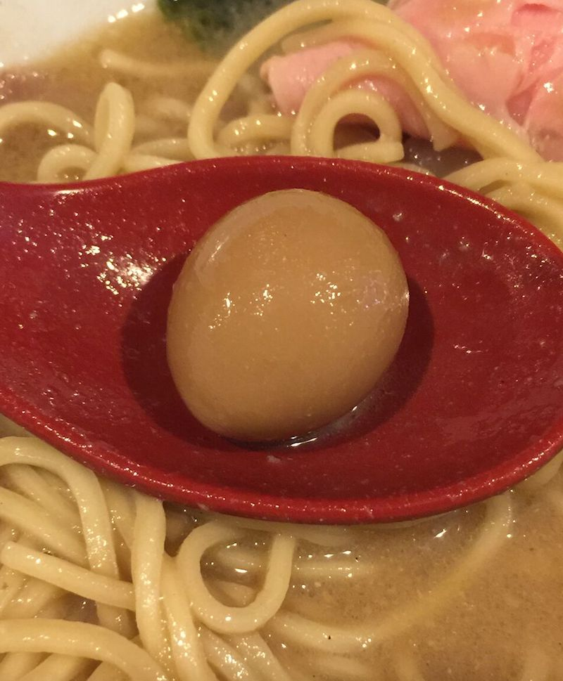 crab台風。 ウズラのタマゴ
